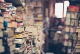 CH Arena organizuje charytatywny kiermasz książek