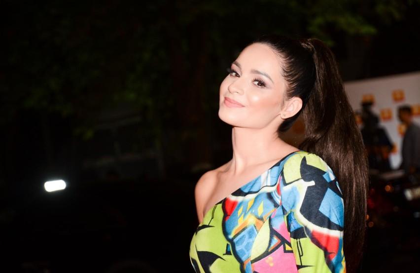 Ewelina Lisowska bardzo zmysłowo w skąpym bikini! WIDEO. Bez wątpienia piosenkarka nie ma kompleksów ZDJĘCIA 9.09.2021