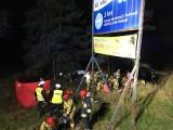 Wypadek pod Piłą. Samochód osobowy, którym podróżowała para zderzył się z autocysterną