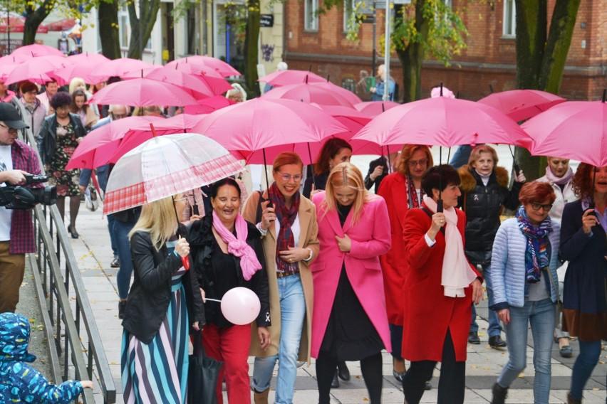 Marsz Różowych Parasolek po raz pierwszy odbył się w 2010...