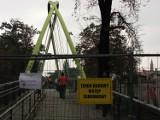 Wrocław: Kładka prowadząca na Wyspę Słodową zamknięta (ZDJĘCIA)