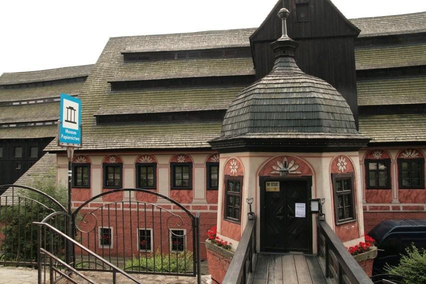 Weekend pod znakiem papieru w Dusznikach-Zdroju