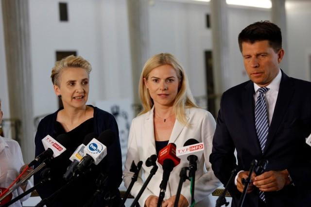 Nową partię zakładają Joanna Scheuring-Wielgus, Joanna Schmidt i Ryszard Petru.