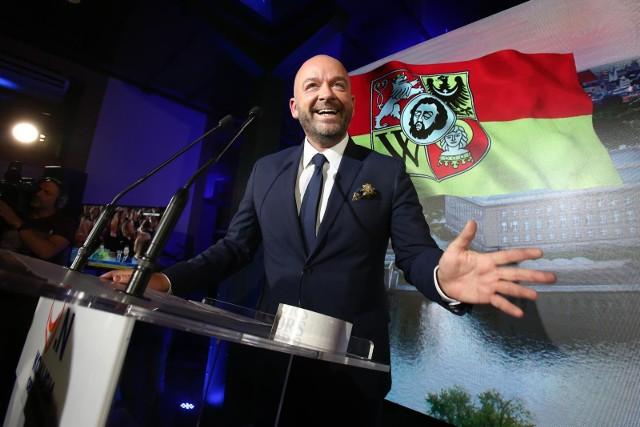 W sobotę minęło sto dni urzędowania Jacka Sutryka jako prezydenta Wrocłąwia. My zapytalismy lokalnych polityków  jak oceniają pierwsze miesiące pracy nowego prezydenta Wrocławia.