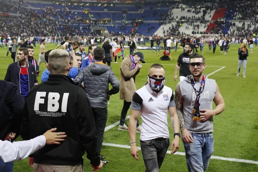 Lyon - Besiktas: Burdy przed i na stadionie