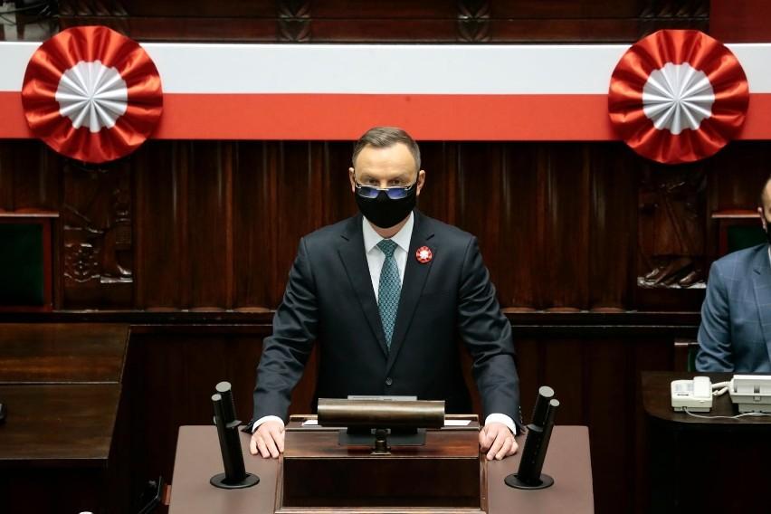 Prezydent Andrzej Duda z chęcią poinformował o swoim...