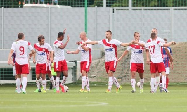 Piłkarze ŁKS czekają na pierwszy trening z nowym szkoleniowcem.