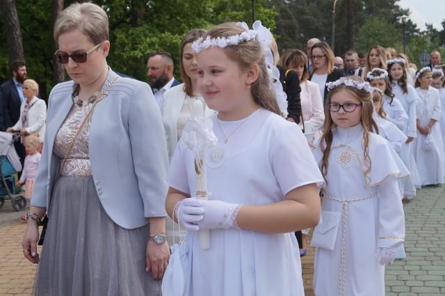 Ostrołęka. Komunia Święta w parafii pw. Zbawiciela Świata (12.05.2019)
