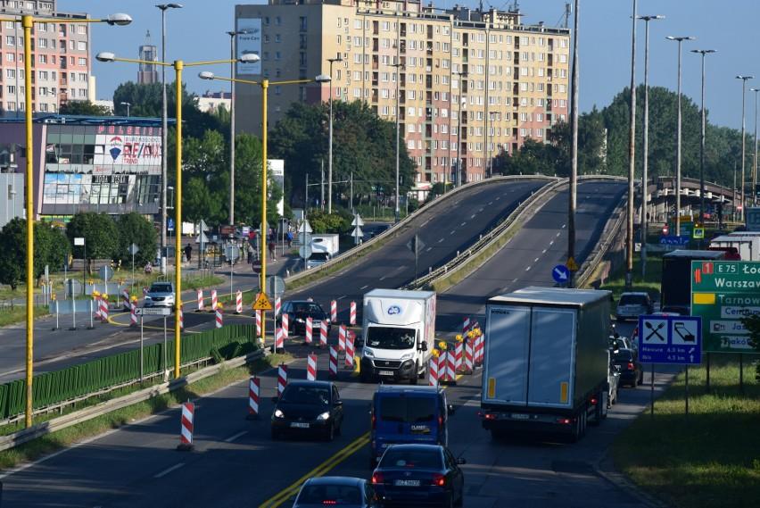 """Duże utrudnienia na """"gierkówce"""" w Częstochowie. Ruszył..."""