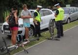 Wypadek w Tarnobrzegu. Na ścieżce rowerowej rowerzysta potrącił 8-latkę. dziewczynka została zabrana do szpitala (ZDJĘCIA)