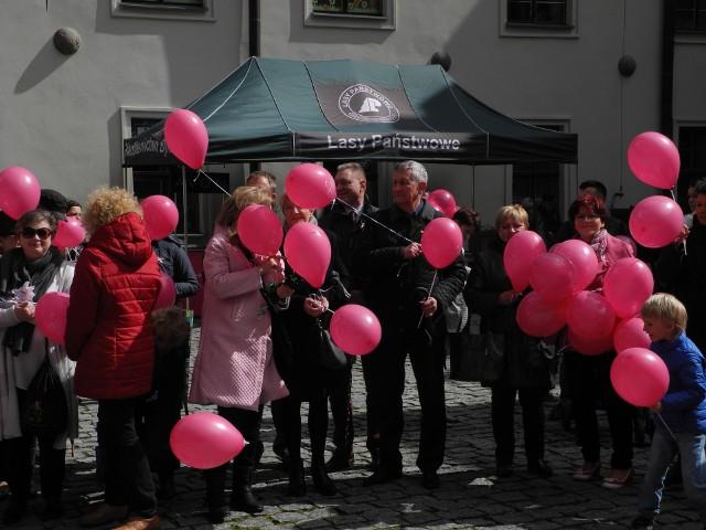 Marsz Różowej Wstążeczki w Bytowie.
