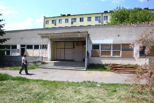 Ruszają roboty budowlane ośrodka wsparcia dla osób chorych na Alzheimera przy ul. Litewskiej. Całość prac będzie kosztować 3,1 mln złotych.