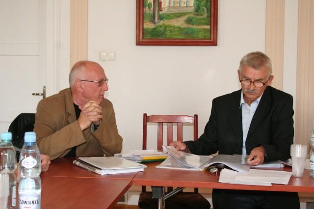 Andrzej Morawski jest szefem ruchu, a radny Stanisław Dylewski działaczem.