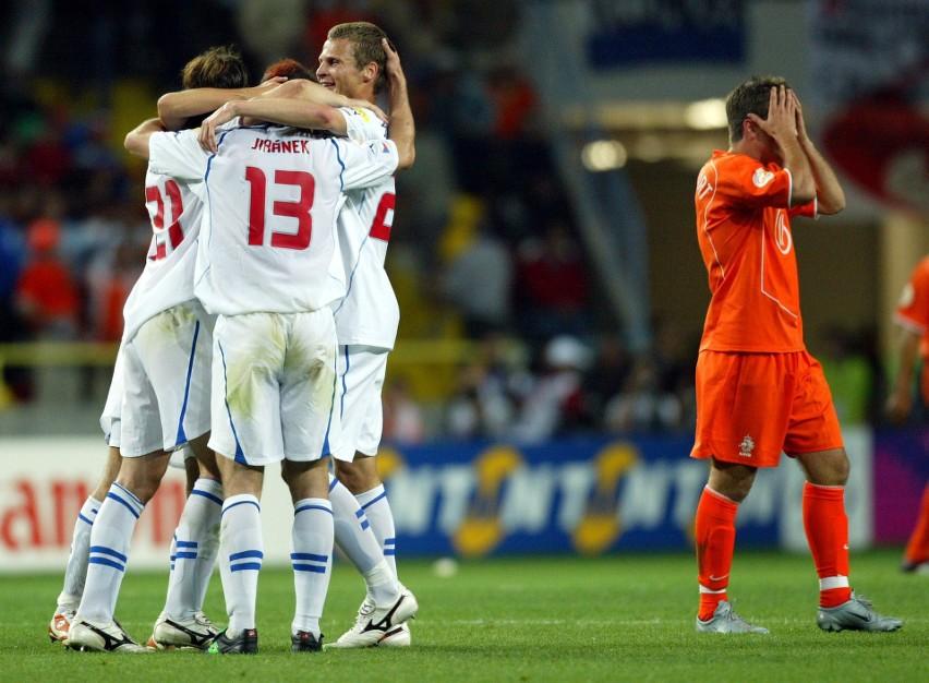 Czechy - Holandia 3:2 (Euro 2004). Holendrzy szybko wyszli...