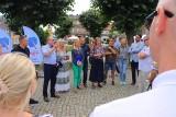 Gniewkowo. Posłowie Platformy Obywatelskiej spotkali się na Rynku z mieszkańcami Gniewkowa. Zdjęcia
