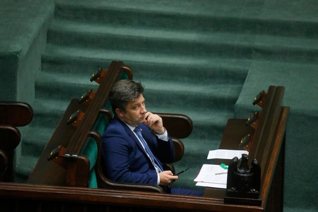 Minister Dworczyk razem z posłem Dziamborem na kwarantannę trafili w poniedziałek.