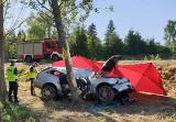 Śmiertelny wypadek w powiecie tomaszowskim. 40-latek zginął na miejscu, dziecko walczy o życie