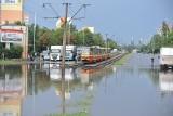 Wielkie ulewy i burze nie raz paraliżowały Łódź. Jak wyglądały ulice? ARCHIWALNE ZDJĘCIA