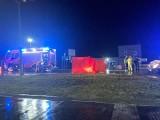 Potrącenie pieszego w Węgrzcach. Helikopter LPR w akcji. Droga krajowa nr 7 została zablokowana [WIDEO, ZDJĘCIA]