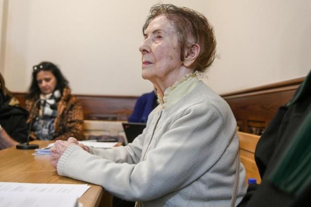Stefania Chlebowska nie doczekała wyroku z listopada 2019 roku skazującego Josefa L. na karę 8 miesięcy więzienia. Kobieta zmarła kilka miesięcy wcześniej. Teraz od skazującego wyroku odwołuje się prokuratura, która staje po stronie skazanego właściciela kamienicy
