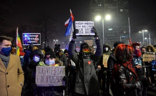 Zakończyło się spotkanie klubów opozycji. Dwie propozycje rozwiązania sprawy wyroku TK dot. aborcji