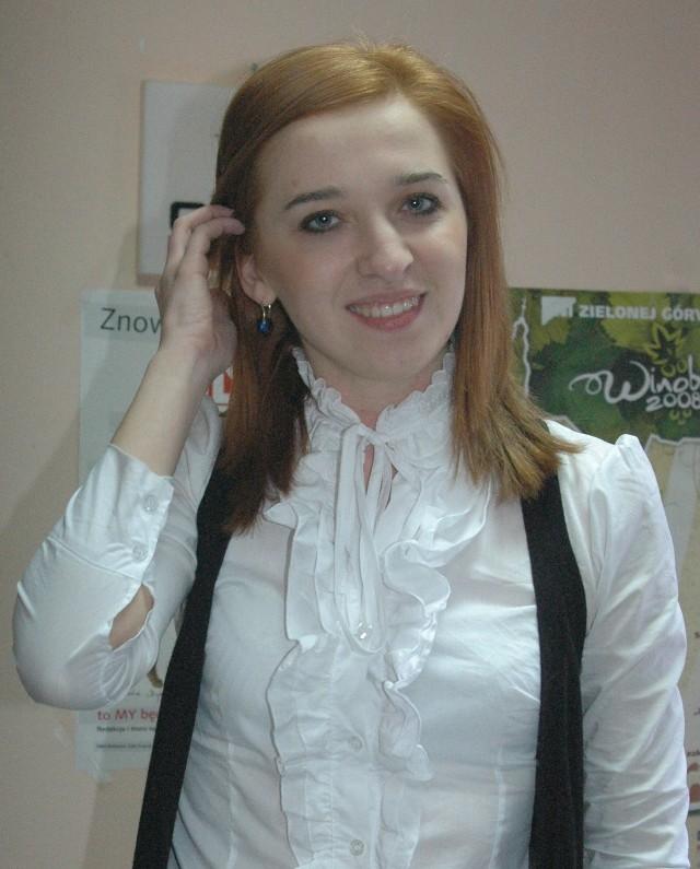 Dominika Cebulska jako pierwsza obroniła pracę inżynierską na PWSZ. Od kilku dni jest inżynierem metalurgiem i chce pracować w hucie przy produkcji miedzi.