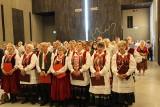 Ocaleni z pacyfikacji w Michniowie i zasłużeni dla ochrony pamięci zostali uhonorowani statuetkami (ZDJĘCIA)