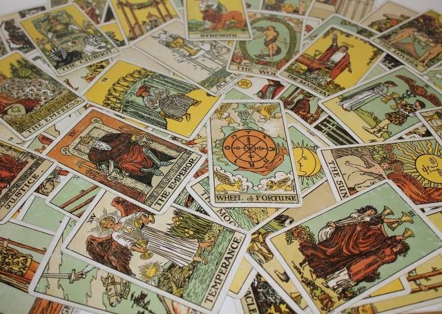 Jakie rady mają dla Ciebie karty? Na czym powinieneś się skupić w najbliższej przyszłości? Obejrzyj galerię i dowiedz się!