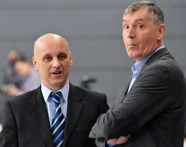 Trener Elmedin Omanić na razie znalazł się w cieniu Tomasza Herkta.