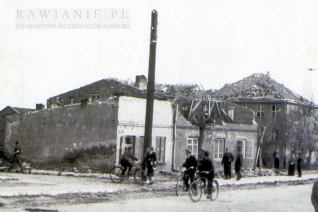 We wtorek, 15 maja, mija 60. rocznica kataklizmu, jaki dotknął Rawę Mazowiecką i okoliczne miejscowości. Miasto zostało niemal kompletnie zniszczone – wyglądało jak po zmasowanym bombardowaniu. A to była trąba powietrzna o ogromnej sile rażenia.