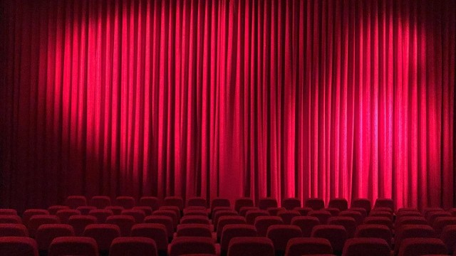 Od 7 do 29 listopada kina muszą wstrzymać swoją działalność. To ostatni dzwonek na sprawdzenie filmowych nowości. Wbrew pozorom, jest ich całkiem sporo, a wśród nich znajduje się sporo perełek nie do przegapienia!Zobacz-->