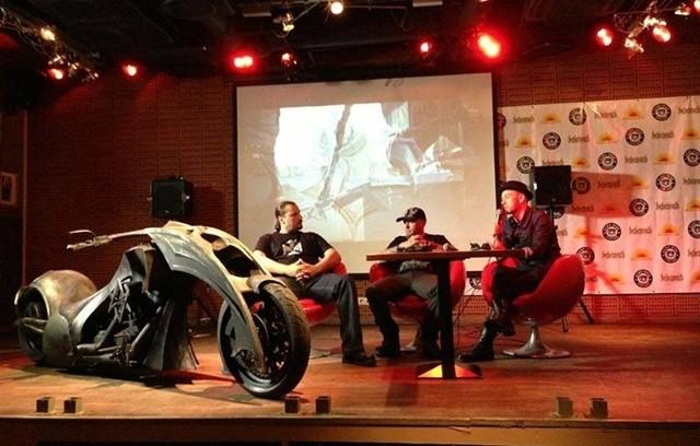 """Prezentacja projektu Behemoth BikeBehemoth Bike to customowy motocykl zainspirowany i powstający we współpracy z metalowym zespołem Behemoth, a w szczególności z liderem formacji Adamem """"Nergalem"""" Darskim. Jego premiera odbyła się w Warszawie, podczas imprezy Impact Festival."""