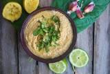 Hummus, czyli pasta ze zdrowej cieciorki. Jak zrobić hummus w domu? [PRZEPIS]