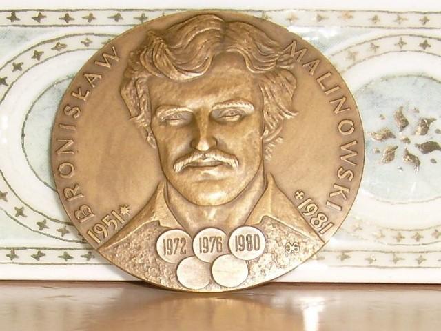 Bronisław Malinowski został upamiętniony m.in. na medalu