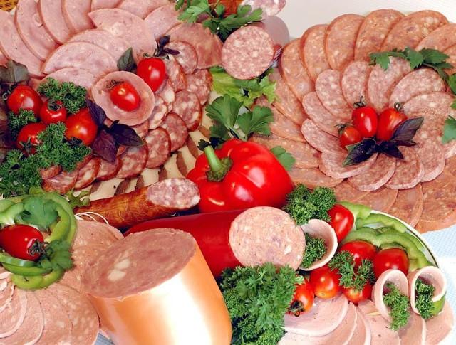 Czy pieniądze wydane na kampanię sprawią, że będziemy jeść więcej mięsa i wędlin?  fot. sxc.hu