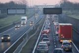 Wypadek na AOW. Po zderzeniu trzech aut zakorkowała się obwodnica i autostrada A4
