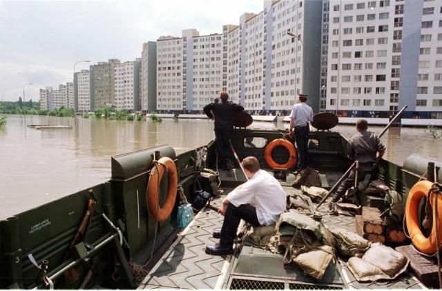 Mieszkańcy wrocławskiego Kozanowa wspominają powódź z 1997 roku