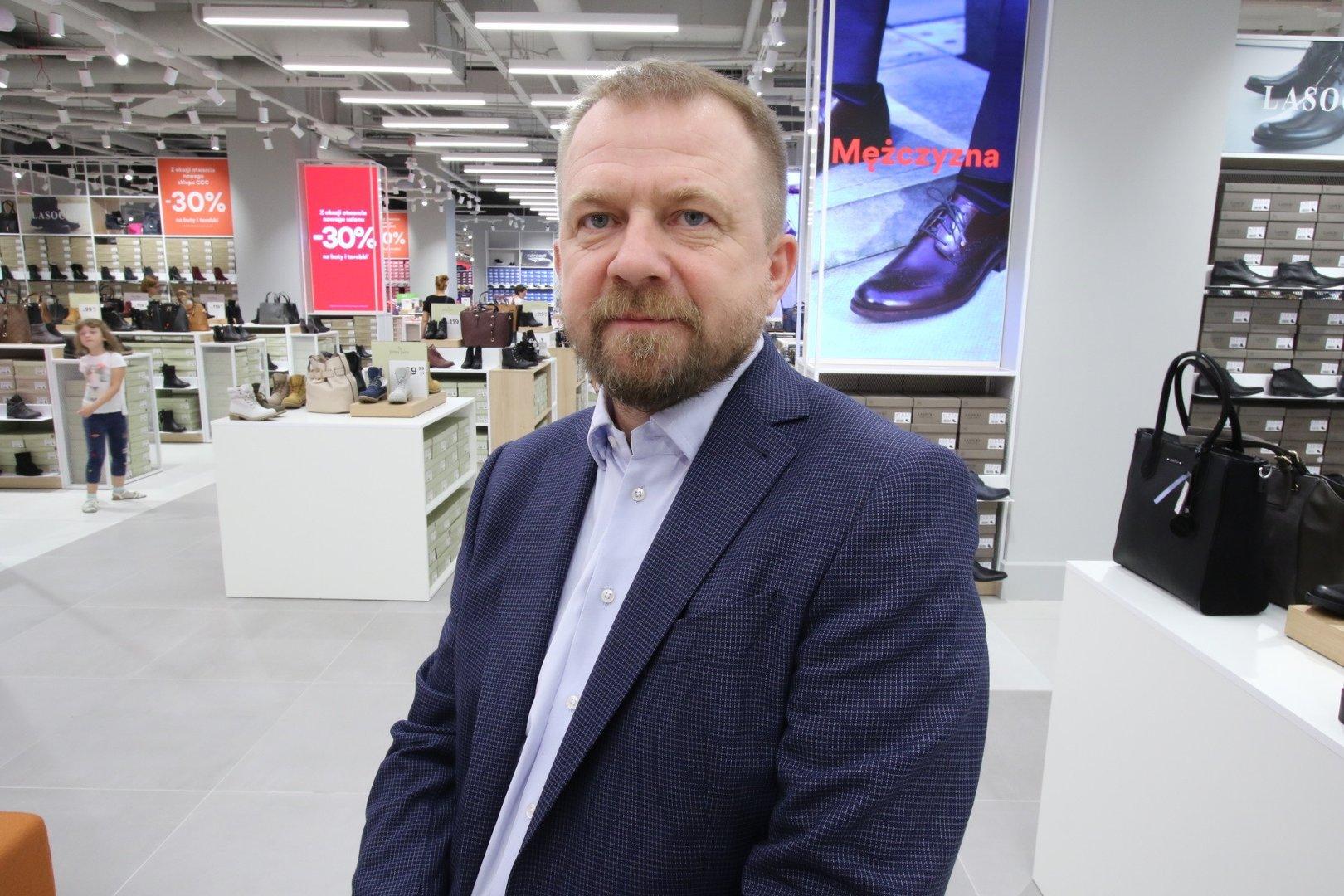 815304c208 Nowe CCC zajmuje powierzchnię 1500 metrów kwadratowych. - To największy  salon marki w Polsce.