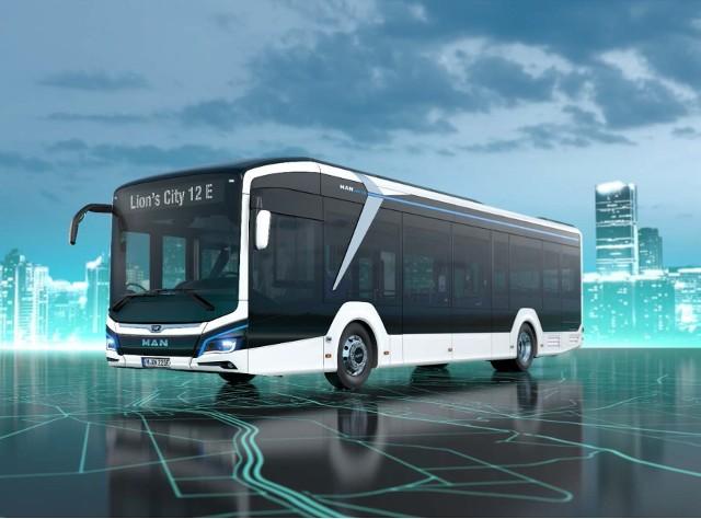 Jak tłumaczy urząd miasta, autobusy będą miały około 12 metrów długości i zabiorą na pokład 80 pasażerów. Wyposażone zostaną m.in. w system informacji pasażerskiej, monitoring, klimatyzację, łącza do USB i WiFi. W ramach umowy na terenie zajezdni wybudowana zostanie także specjalna stacja ładująca.