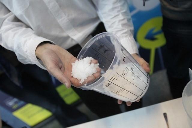 Produkcja sztucznego śniegu zaprezentowana przez Instytut Odkrywania Tajemnic