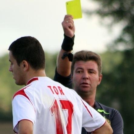 Skalnik Gracze w meczu derbowym ulegl Torowi Dobrzen Wielki 0-1.