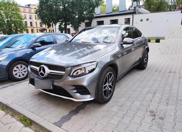 Licytacje komornicze samochodów osobowych w grudniu 2020. Sprawdź wybrane oferty z całej Polski!Wszystkie dane pochodzą z portalu licytacje.komornik.pl. Aby zobaczyć kolejne licytacje aut, przejdź do kolejnego slajdu - kliknij >>>