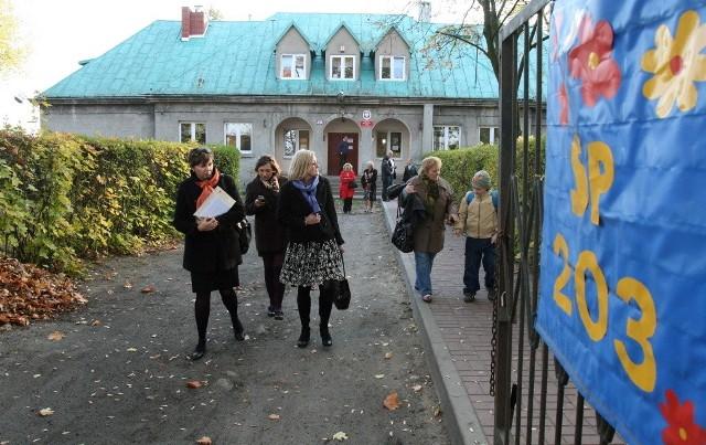 Stowarzyszenie rodziców zarządza szkołą w Mileszkach