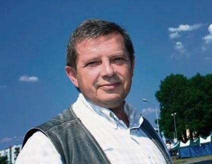 Marek Pietrzyński, radny PiS, wzywa innych radnych do debaty publicznej.