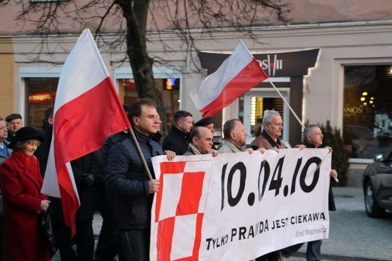 Marsz smoleński 2015 w Białymstoku