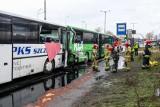 Zderzenie autokarów na ul. Gdańskiej w Szczecinie. Jest śledztwo. Nikt nie usłyszał zarzutów