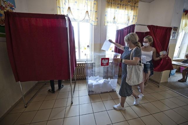Lokale obwodowych komisji wyborczych w dniu 12 lipca otwarte będą wgodzinach od7 do 21.