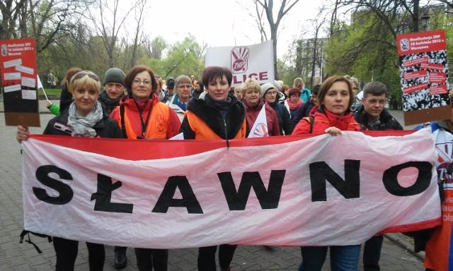 Nauczyciele ze Sławna protestowali w Warszawie.