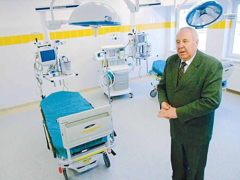 - Miniony rok był jednym z najlepszych pod względem ilości inwestycji w szpitalu - mówi starosta Józef Swaczyna, któremu podlega lecznica. - W tym roku przez niespodziewane wydatki modernizacja przyhamuje. (fot. Radosław Dimitrow)