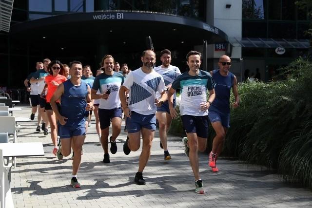 Asics edukuje biegaczy. 80% trenujących ma źle dobrane buty